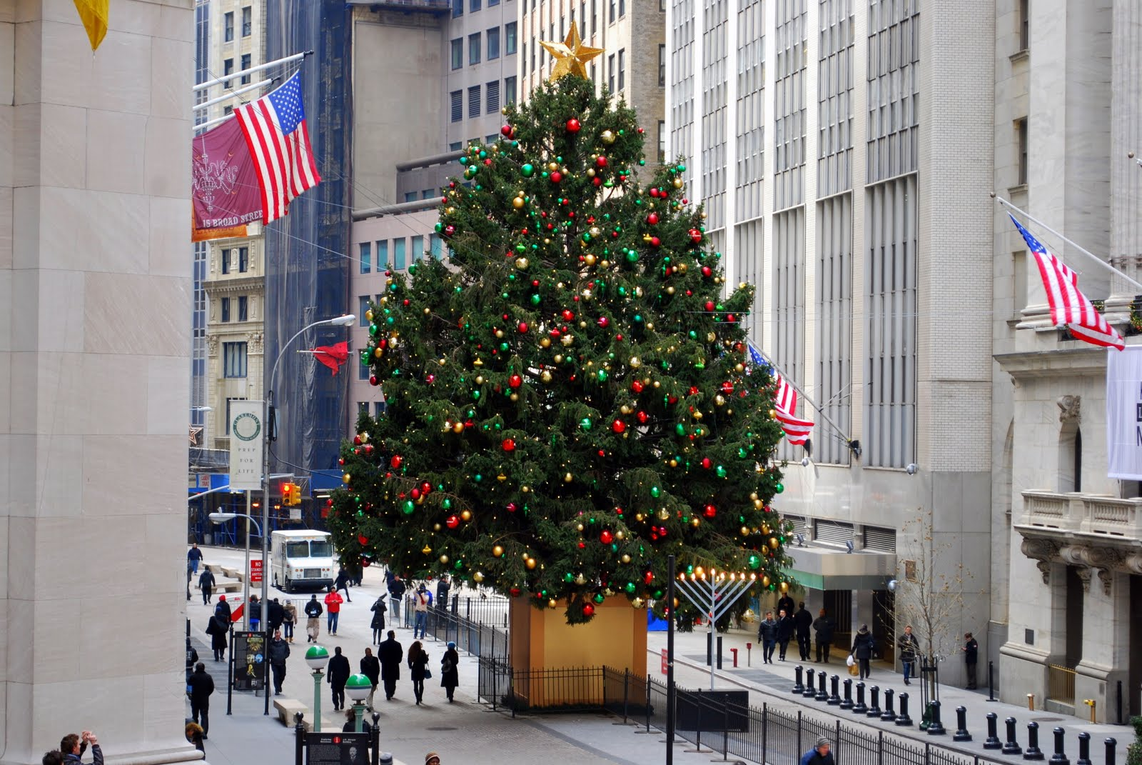 Mille Fiori Favoriti: Christmas Trees in Manhattan