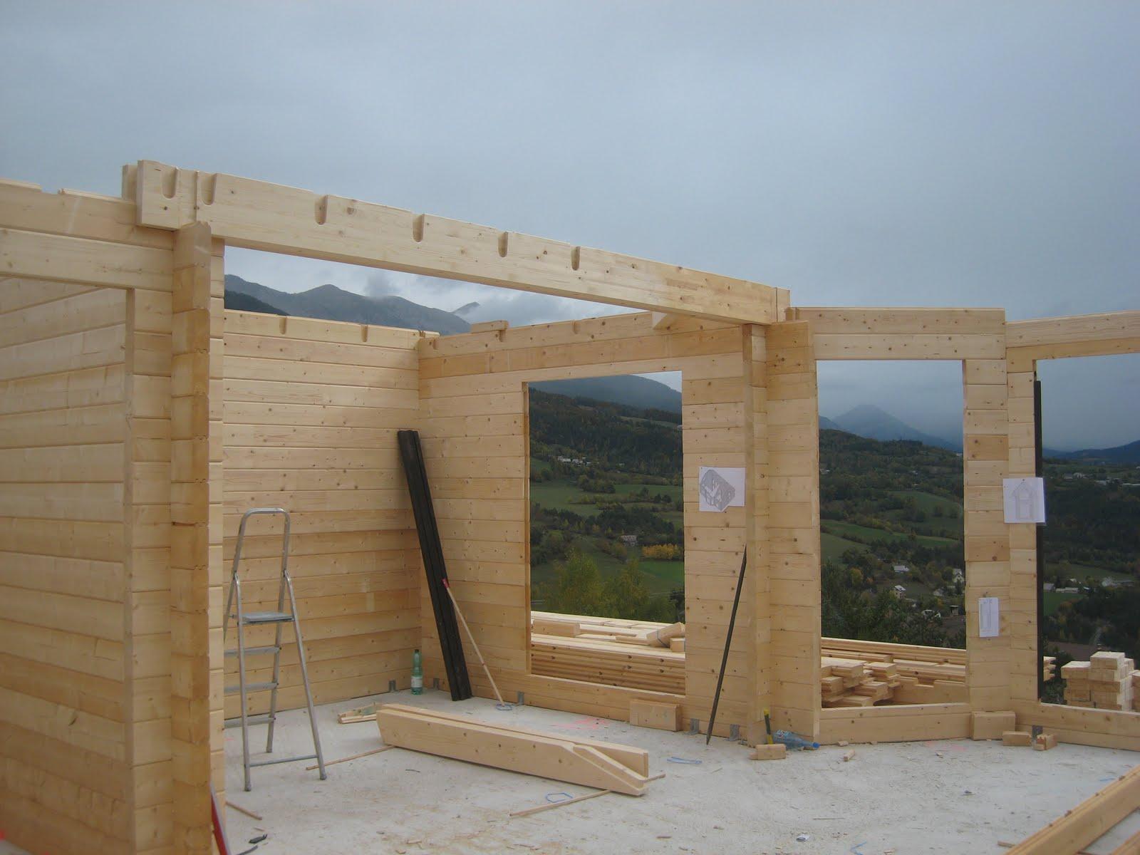 Construire sa maison et on arrive au deuxi me tage de la maison en bois for Construction en bois 6 etages