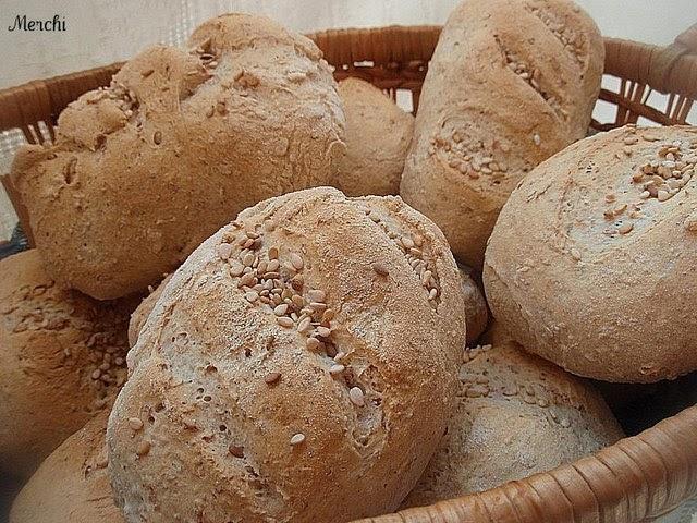 Con sabor a canela panecillos de harina integral y trigo - Harina integral de trigo ...