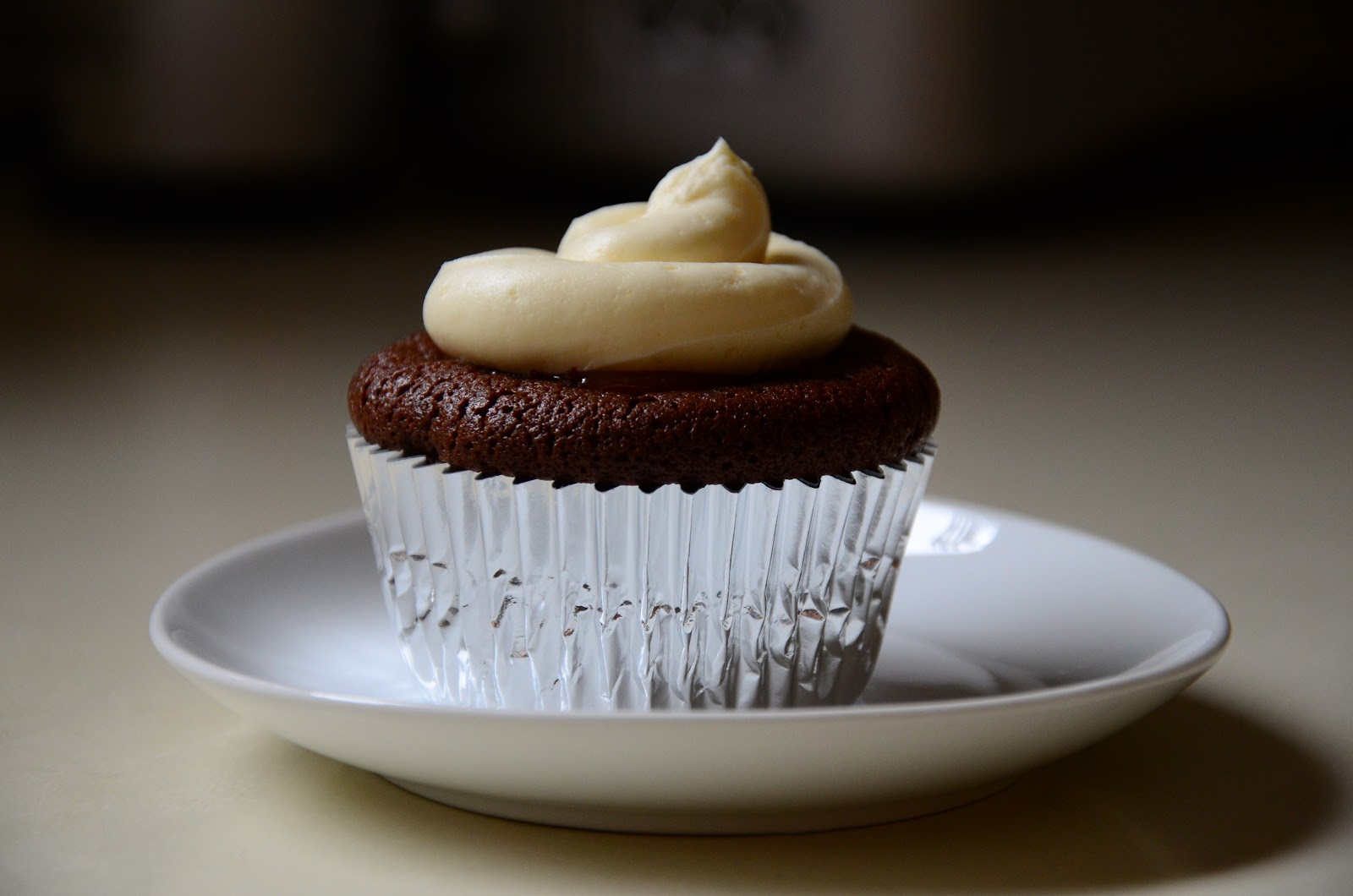 how to make salted caramel filling for cupcakes