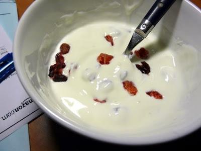 el iogurt hecho con calor humano suele quedar muy líquido pero está rico
