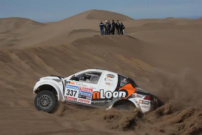 Mitsubishi L200 van Erik van Loon - Van Loon Racing