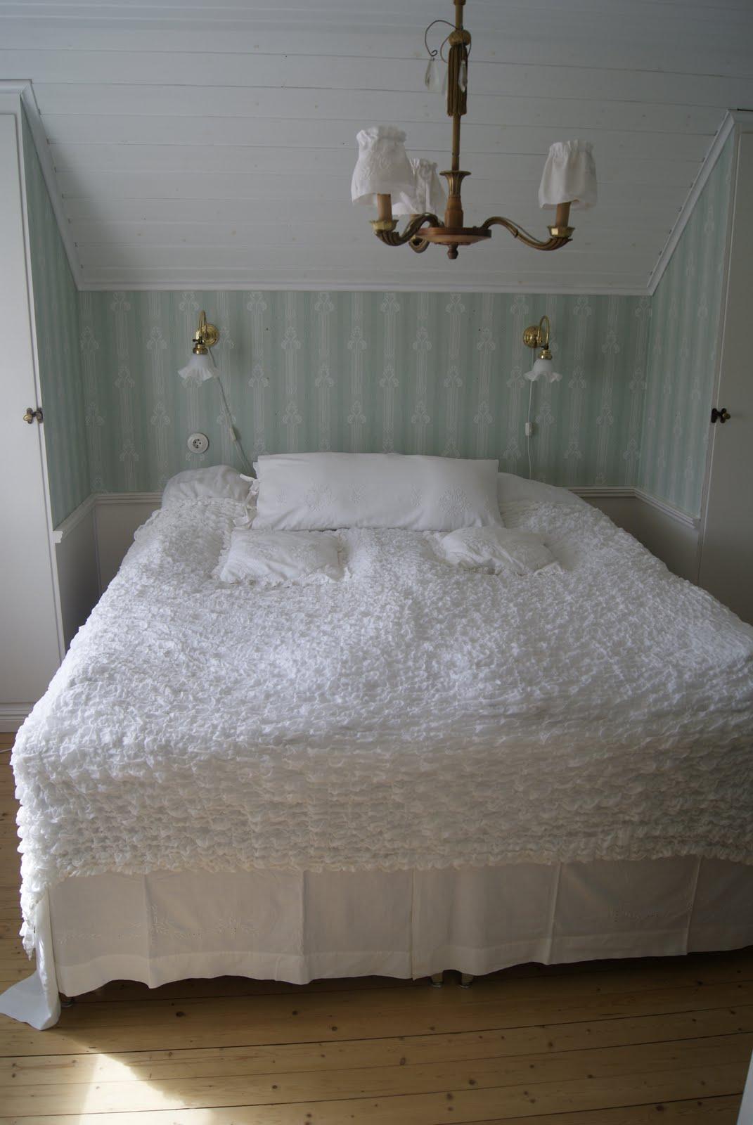 Lantbacken: sovrum!