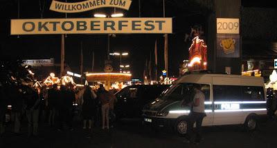 Oktoberfest girişinde polis barikadı
