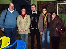 Tunnermann com as professoras, 1º dia dos 300 jovens no  projeto Projovem Urbano de Estância Velha