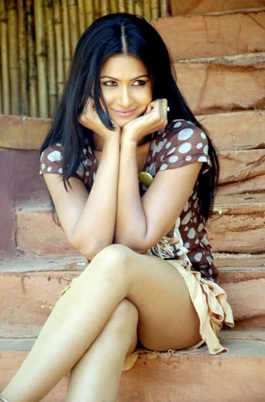 hot gals videos hindi