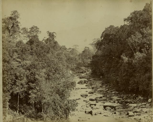 c.1890%2527s+PHOTO+INDIA+CEYLON+ROCKY+RIVER+BED