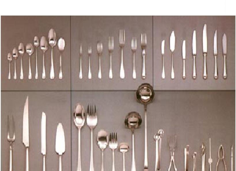 Mesa y bar fundacion equipos y utensilios en un for Utensilios y materiales de una cocina de restaurante