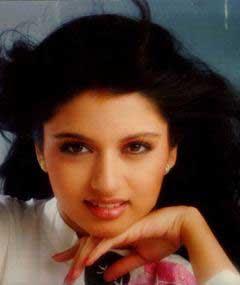 Hot Bollywood Actress Hub: Bhagyashree Patwardhan Hot Sexy ...