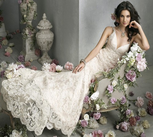 Gorgeous wedding dress vintage lace wedding dress for Romantic wedding dress designers