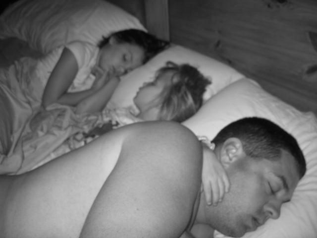 [my+family+sleeping.jpg]