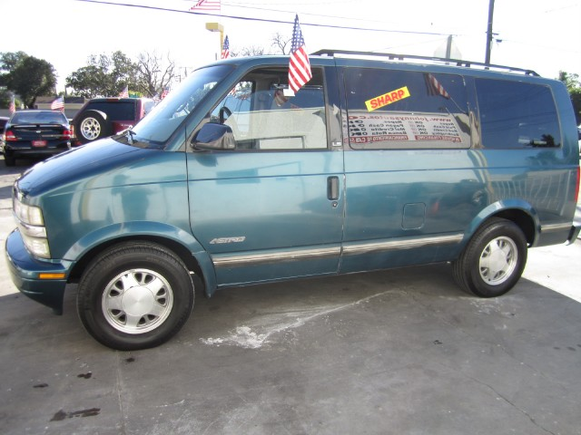 1996 Chevy Astro Van MPG submited images Pic2Fly