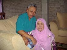 ayah dan ibu.......