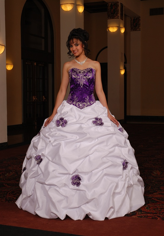 lindo vestido para festa de quinze anos