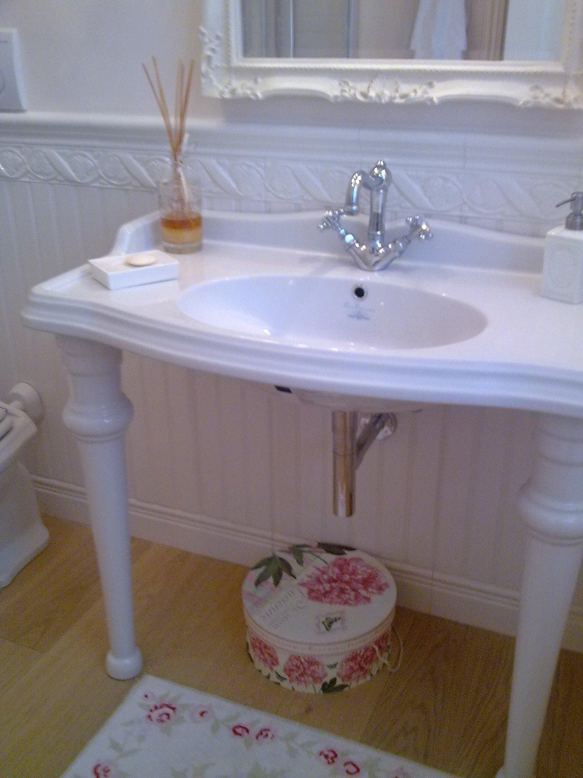 Shabby and charme il mio bagno grande my bathroom - Boiserie in ceramica per bagno ...