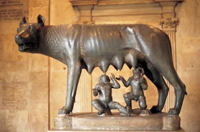 La Loba Capitolina amamantando a Rómulo y Remo