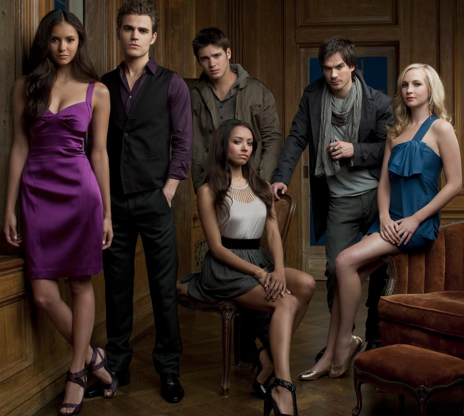 http://2.bp.blogspot.com/_pKEqhq77o9U/S9dMtAjwHmI/AAAAAAAABQE/8GliLq3zgUY/s1600/vampire-diaries-season-1-fond-ecran-groupe.jpg