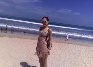 Jenifer Dunn On The Beach !!!