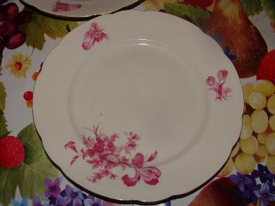 Старинная посуда из бабушкиного сундучка