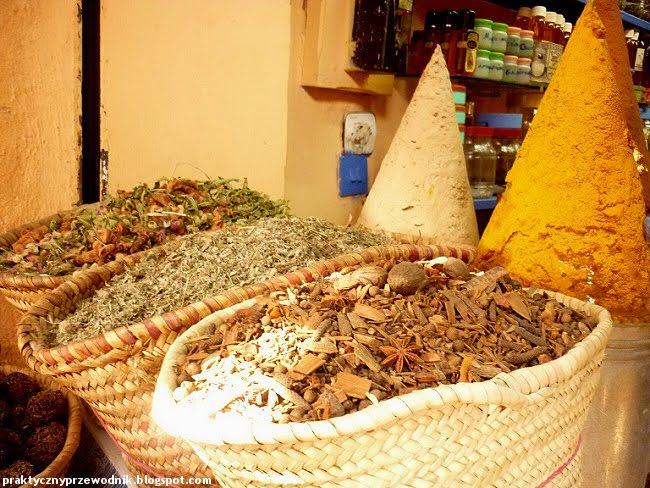Bazar przyprawy Maroko Dżamaa al-Fina