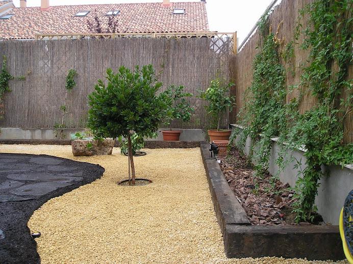 Decorar un jardin con poco dinero cheap decoraci n e for Decorar el jardin con poco dinero