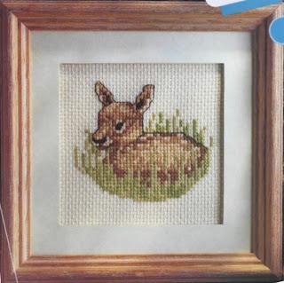 схема вышивки крестом олененок