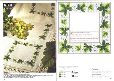 Очень красивые салфетки с вышитыми крестом листочками) Можно также оформить скатерть этими листочками) .