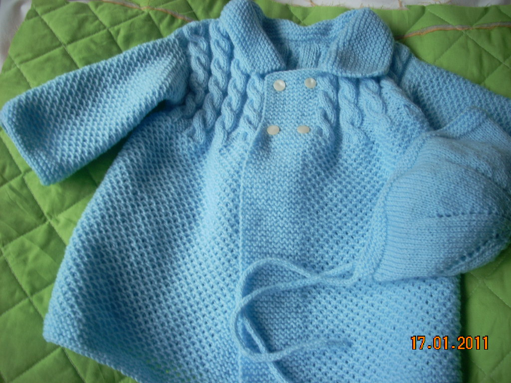 Retornoafontela com abrigo azul con capota a juego para bebe de 3 a 6 meses - Tejer chaqueta bebe 6 meses ...