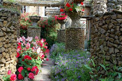 Ecrire chanter et voyager le jardin rosa mir for Jardin rosa mir