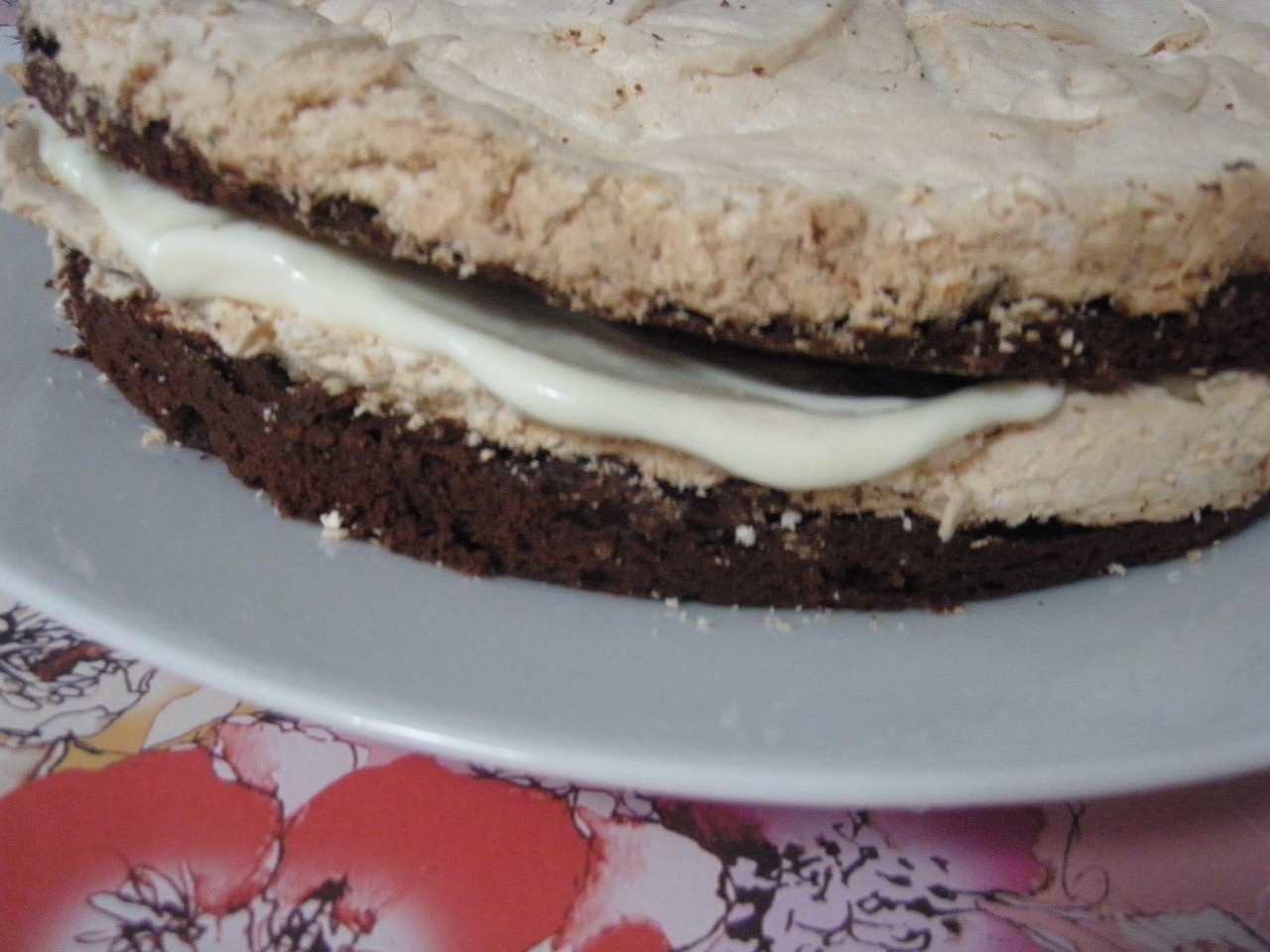 Edinburgh Eats: Baking Sunday: Chocolate Meringue cake and ...
