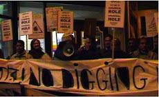 KHOODEELAAR! No to Crossrail hole-inviter Tower Hamlets Council...