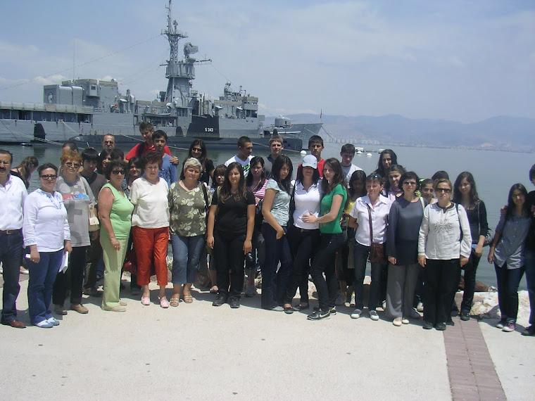 Grupul de elevii din Turcia si Romania in orasul Izmir