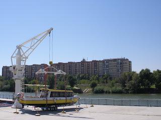 barco solar Ebro Expo Zaragoza