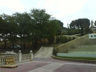 escalera en obras el batallador parque grande Zaragoza