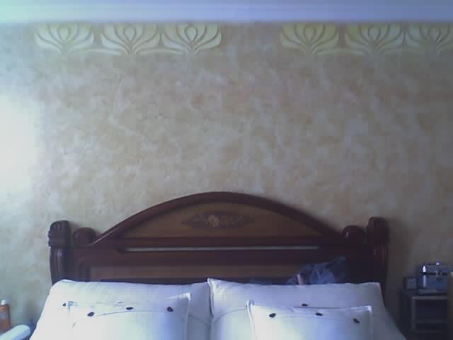 textura botichino y plantillas en muro alcoba