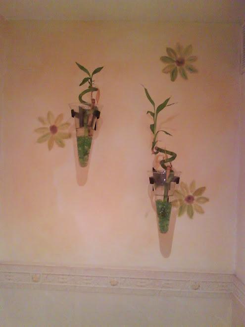 textura en muro con rustico en forma de flores