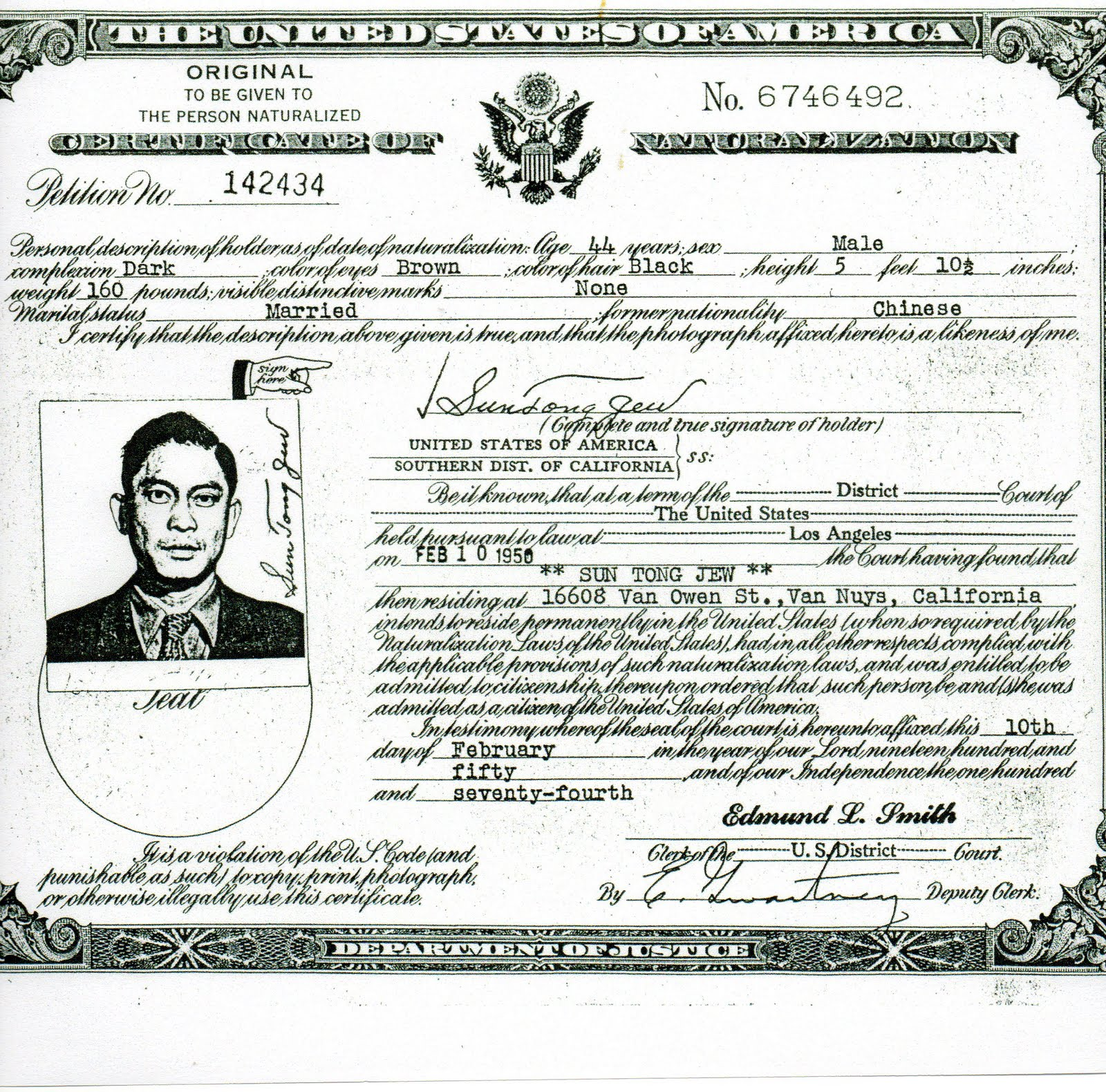 Jue Joe Clan History: Details: Sun Tong Jew Naturalization Certificate