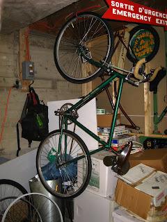 WINTER BIKE STORAGE & Free advice on how to fix your bicycle: WINTER BIKE STORAGE