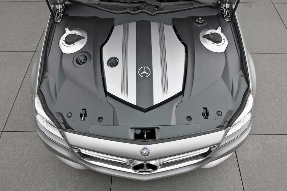 Mercedes-Benz CLS Shooting Brake Cover Engine