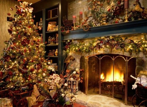 Home Interior and Exterior Design SAMPLE CHRISTMAS TREE