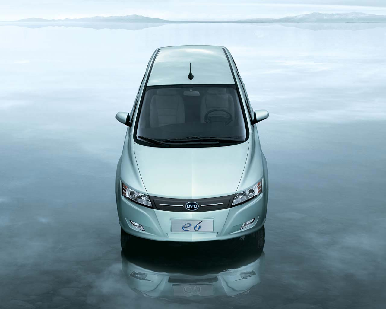 Hybrid Car Design BYD e6 electric MPV