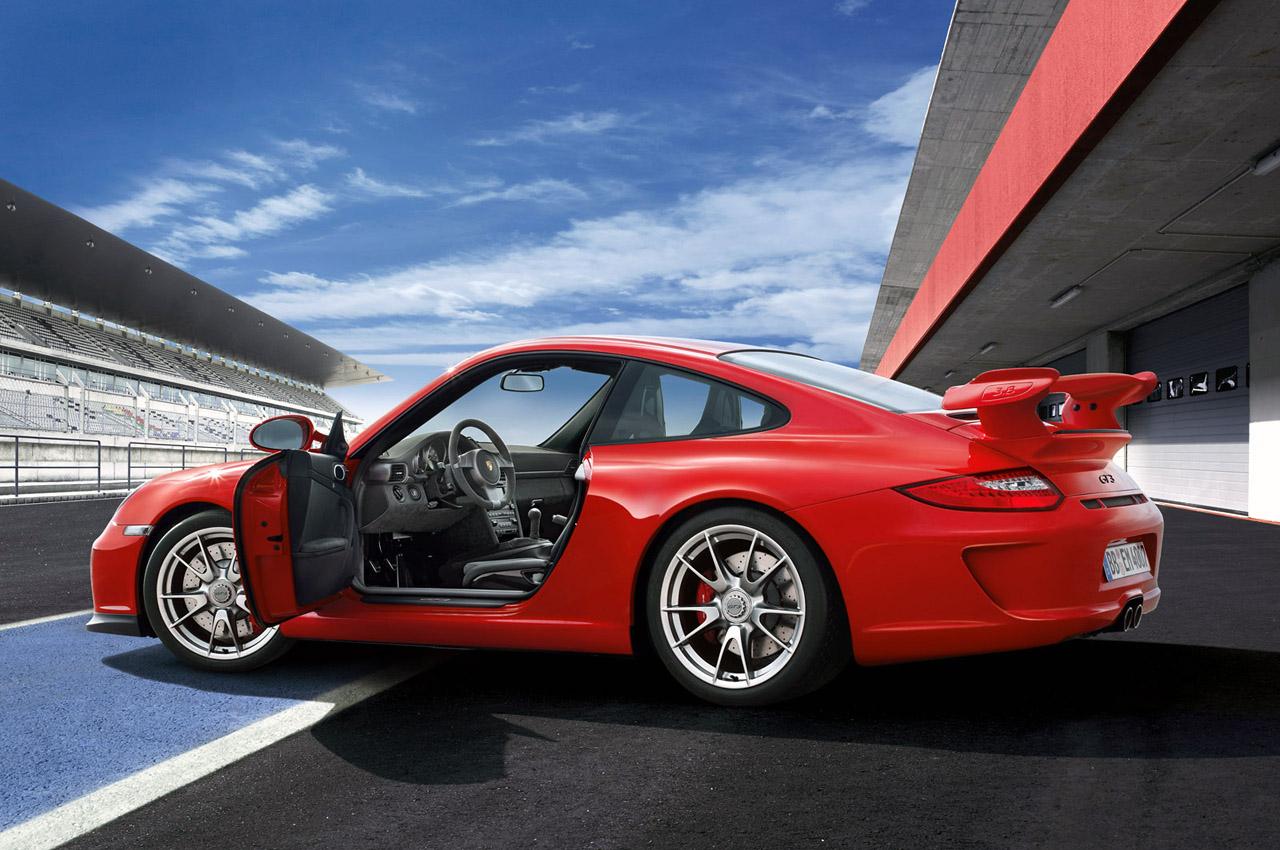 2010 PORSCHE 911 GT3 HD WALLPAPER