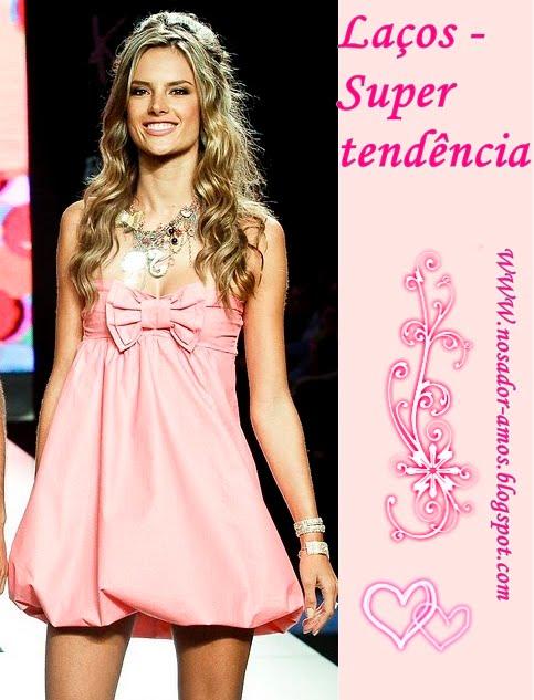 http://2.bp.blogspot.com/_pZTopMItfGU/TLCQkxFM0aI/AAAAAAAAAxc/Z4auqAHgouw/s1600/barbiedress.jpg