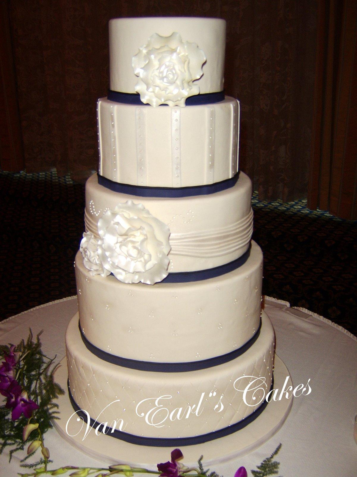 Van Earl s Cakes Five Tier Fantasy Flower Wedding Cake