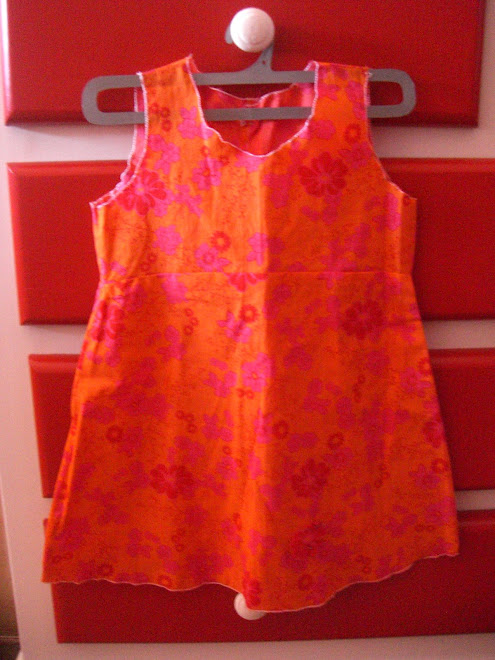 robe evasée fleuri orange et rose
