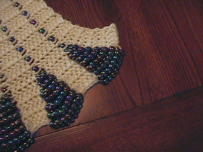 Crochet Scarf Pattern With Beads : The Hook Hound: Crochet Scalloped Edge Beaded Scarf