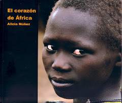 EL CORAZN DE FRICA (CajaGranada, 2009)