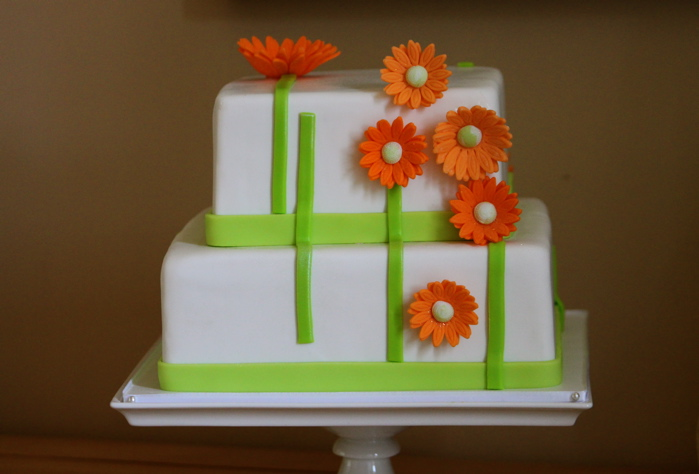 Modern Daisy Birthday Cake The Couture Cakery