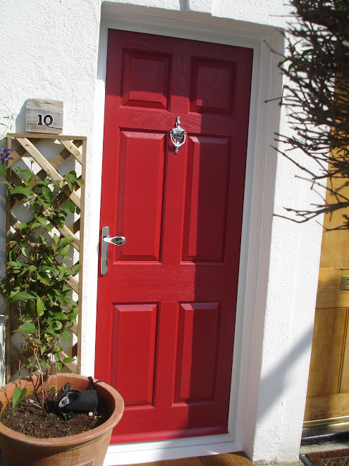 Picture 1 Red on White Composite Door External View