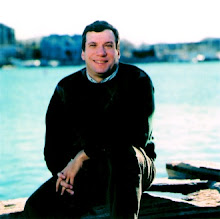 Bestselling author John Feinstein